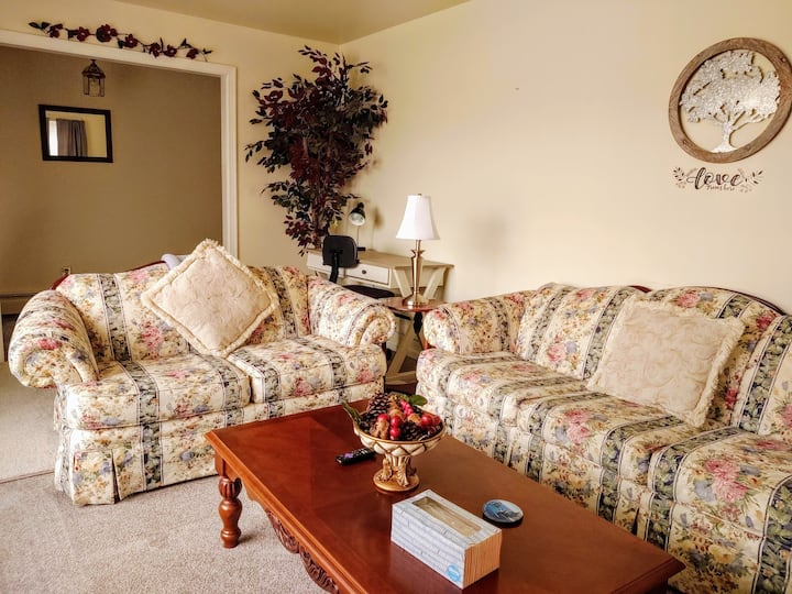 Cozy home away from home! Near I-95, Ft Lee & VSU