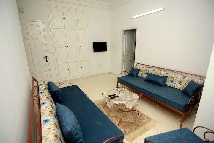 Diar Aroma Lounge, A4 | S+1