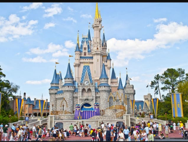 Disney World is only 25 minutes away!