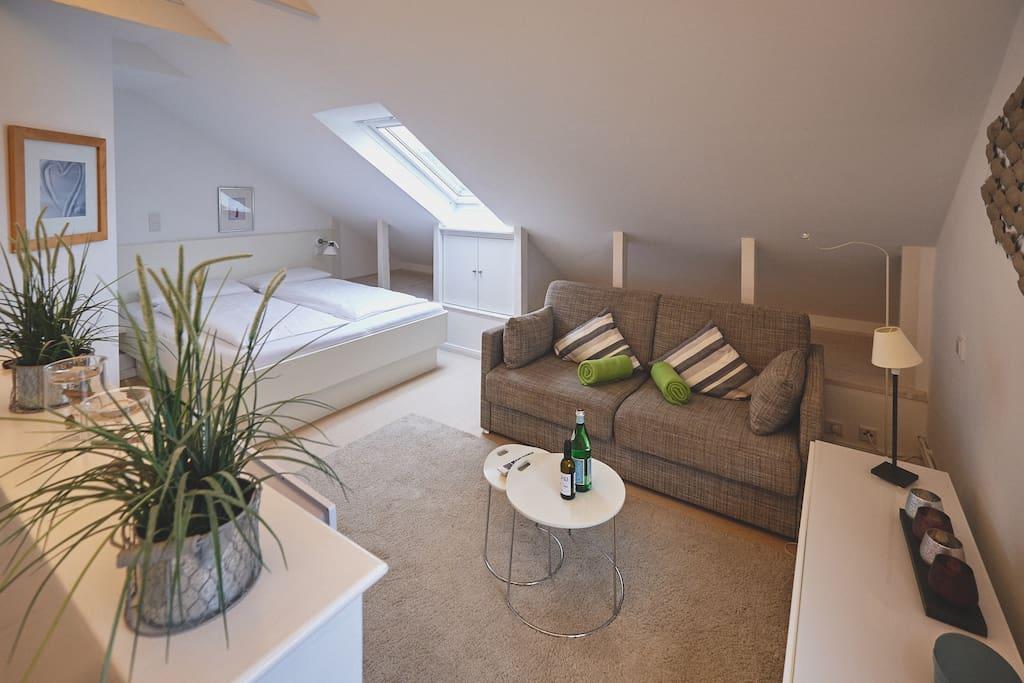 Komfortables Sofa mit langer Sitzauflage
