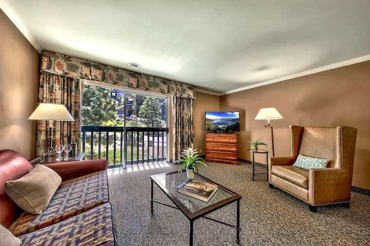 Cozy + Rustic Mountain Condo | Close to Ski Lifts and Lake Tahoe!