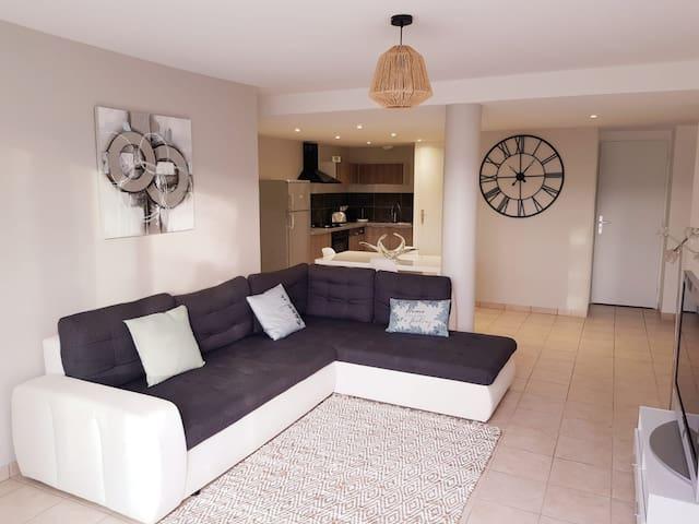 ★Vue imprenable avec terrasse de 100 m2★