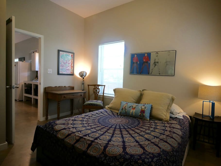 Another photo of bedroom.