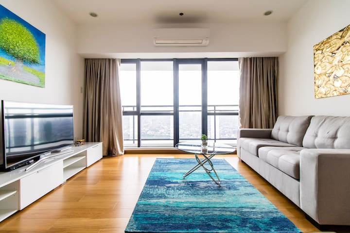Amazing 1BR at Milano Residences w/ open view 4205