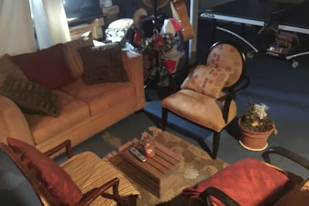 Rescue: last room in the house - Stony Brook - 아파트