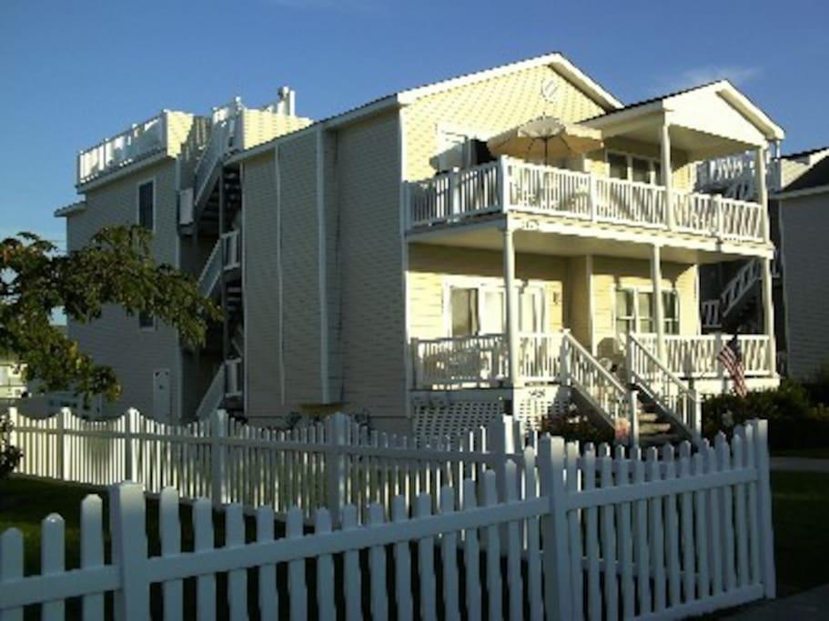 Beautiful 4 bedroom 2 bath south end condo condominiums - 2 bedroom condos for sale in ocean city nj ...