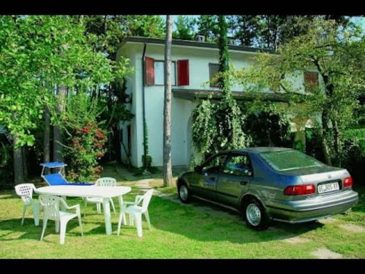 Villa in Lignano Riviera comfortable