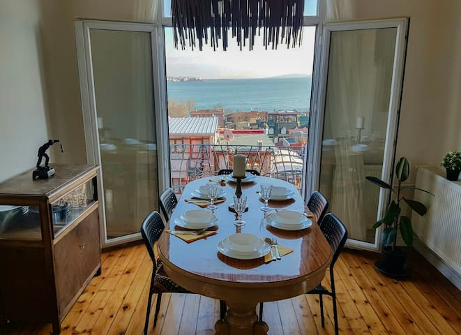 ROTA - Sea View With Balcony Apt. in Sultanahmet. - İstanbul