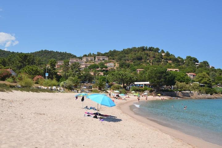 Mini villa avec piscine à 400 m de la plage x6