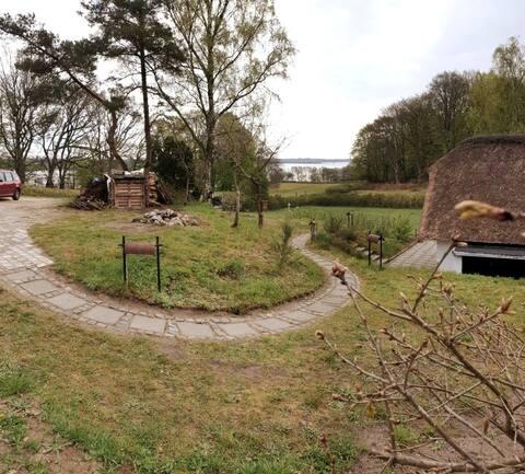 Annex + hytte m. udsigt til vandet v. Mossø/Gudenå