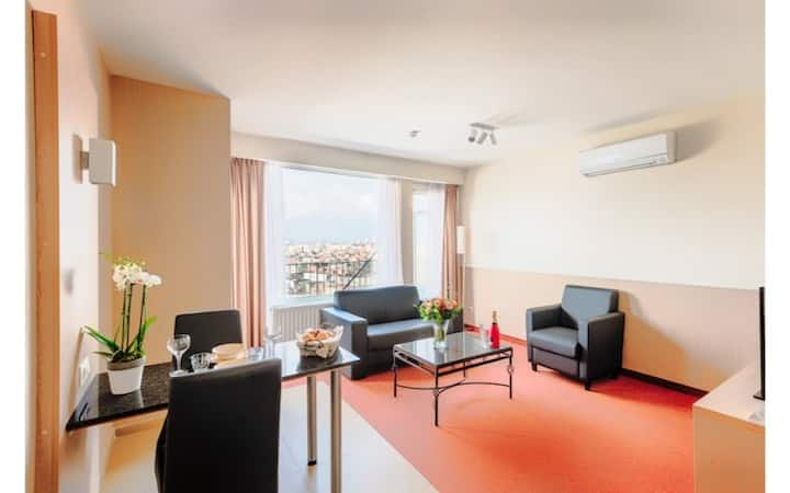 Penthouse Apt. with balcony - 60/80 m² - Antwerpen