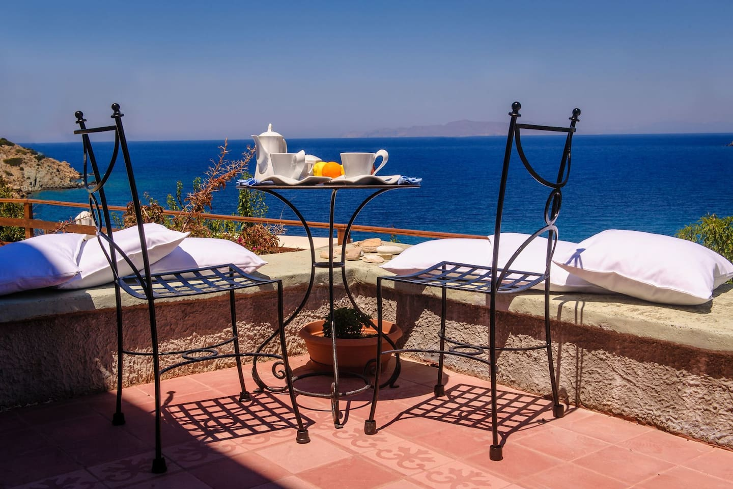 Relax with a view to the eternal Blue of the Cyclades