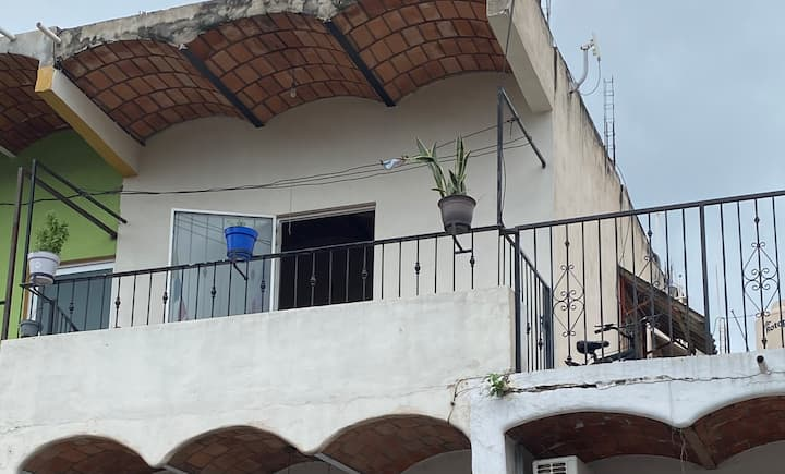 Great apartment with balcony in heart of Sayulita