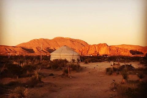 Yurt2/Desert Retreat@Hueco/Stargaze/Mtn view/Clean