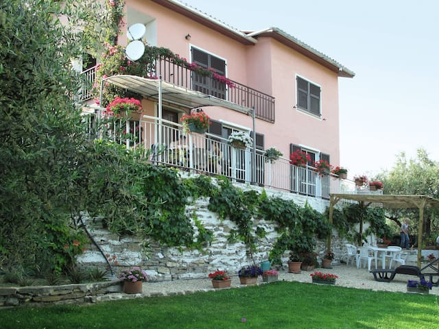 Apartment Villa Paradiso for 4 persons