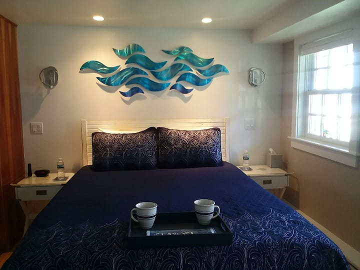 Special! $109/Nt: Waterview In Heart of Ptown!