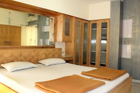 Cozy stay with Kitchen & Wi-Fi in HSR Layout - Bangalore