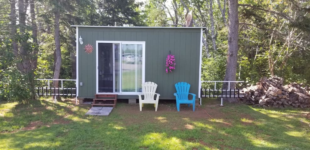 Cabin 2 by Confederation Trail