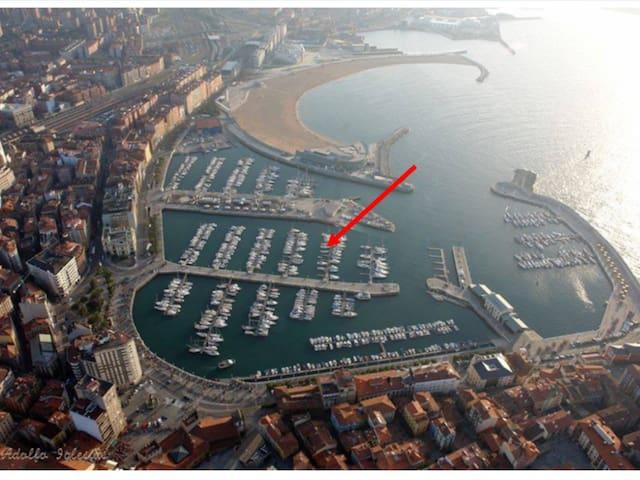 Experiencia!!! VELERO, bicis, paddle surf... - Gijón - Boat