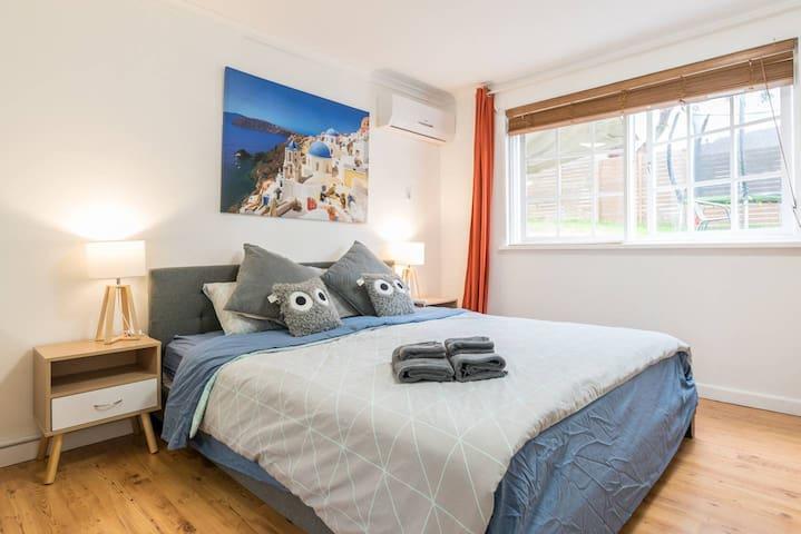 Cozy quiet 2 bedroom sweet home Deakin Uni & Chady