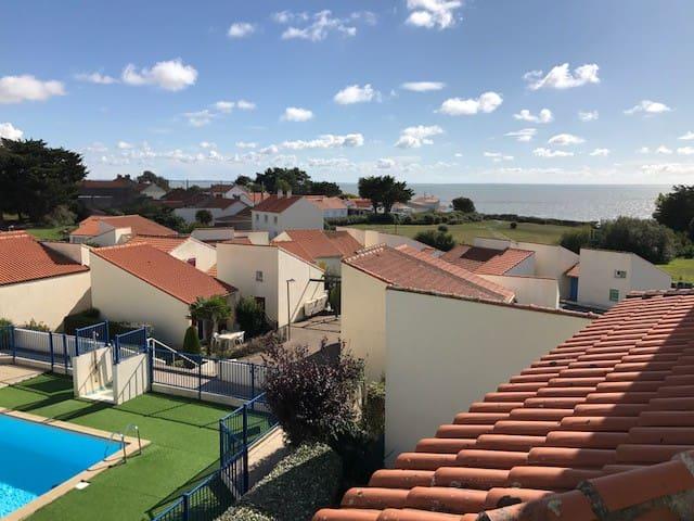 Appartement ds résidence avec piscine 5 min plage