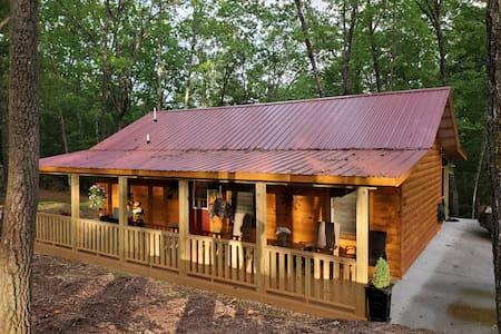 Peaceful Comfy Cabin in Appalachia