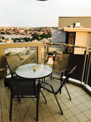 Great Potts Point location - 1 Bedroom, sleeps 4 - Potts Point - Appartement