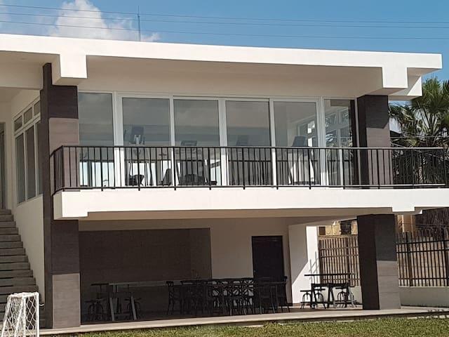 Comodas habitaciones en apartamento nuevo 6to piso