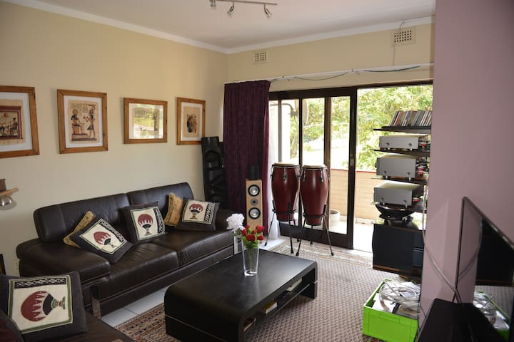 Durban/Pinetown 3 room suite in a komplex - Pinetown - Apartment