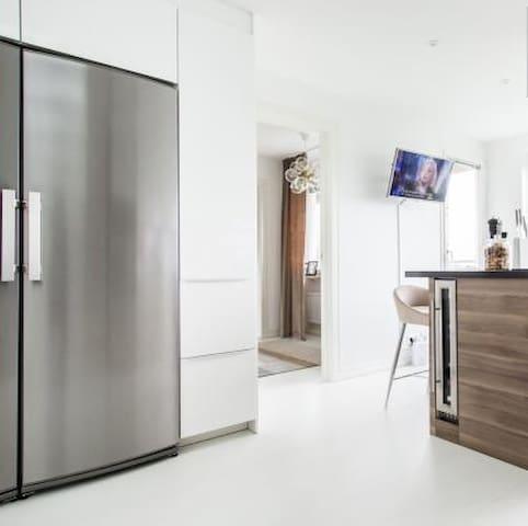 Great Location Solna - Unique Top Duplex Apartment