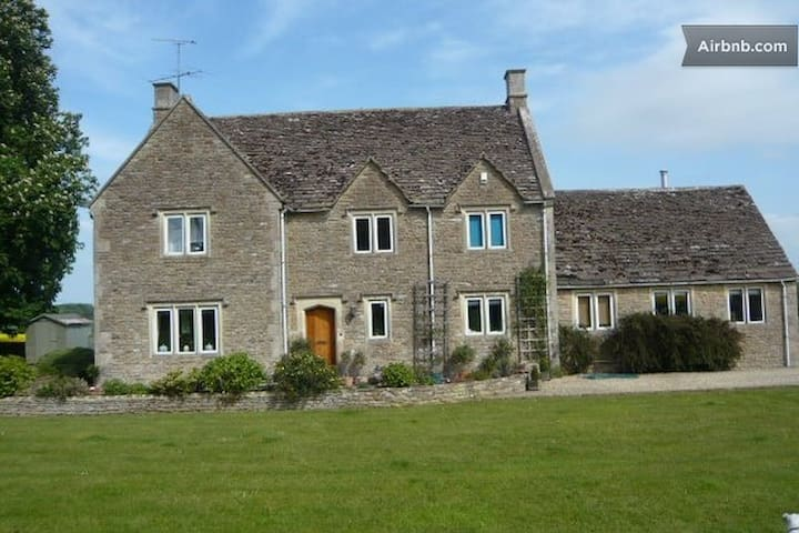 Beautiful Cotswold Stone House - Corsham - Ház