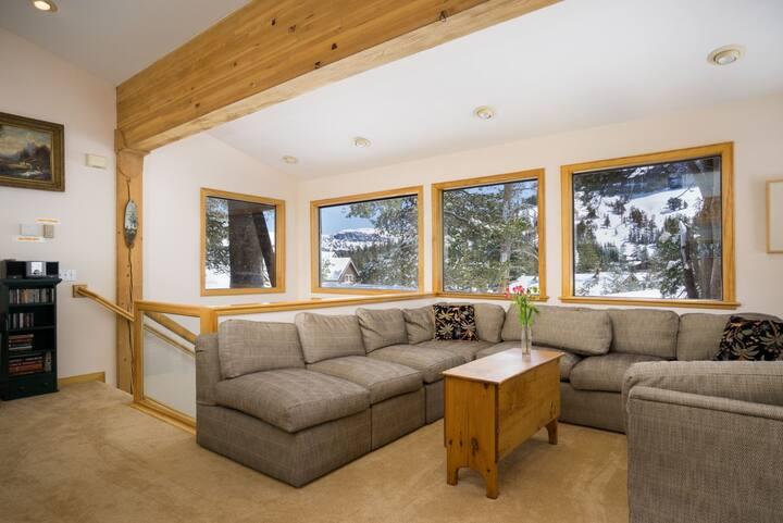 West Meadows Luxury Duplex