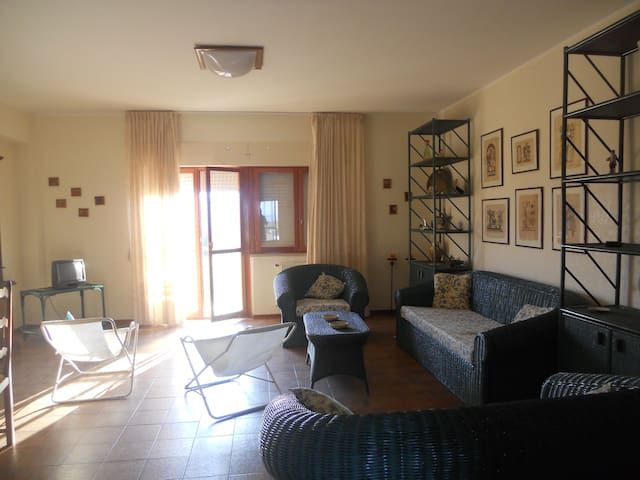 For those who love the sea. - Soverato Marina - Apartamento
