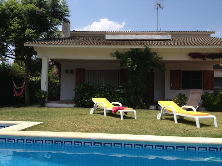 "Feel at home at ""La Casa"""