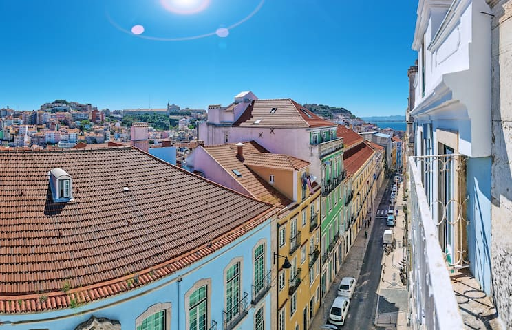 Your Lisbon Hub with Stunning View over Rooftops
