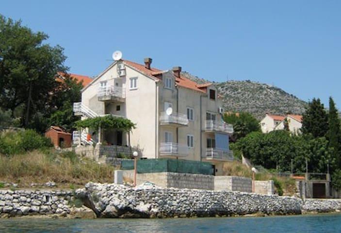 Apartments Dijana - Apartment 1 - Slano - Pis