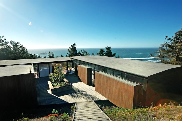 Beach House in Windsurfer's Heaven