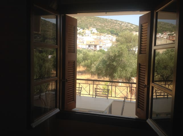 House in Samos near traditional village of Chora - Chora - Appartement