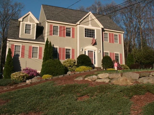 Charming Colonial Monadnock area! - Milford - Hus