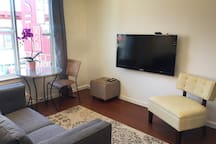 TV with Cable, Apple TV, Netflix