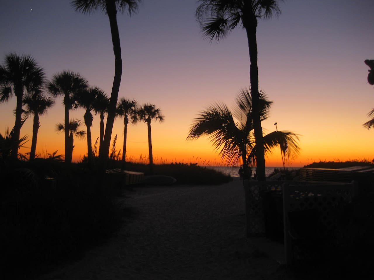 Walking to our beach to admire the sunset!