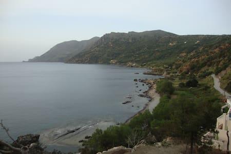 Studios by the sea, at west Crete - Ravdoucha