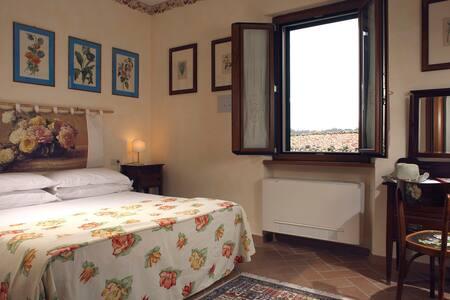 Hidden Tuscany near Saturnia..... - Semproniano