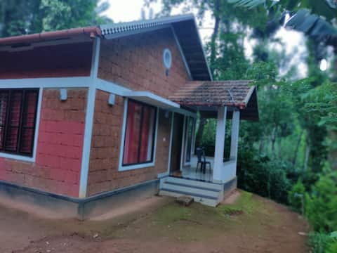 Rustic Cottage Above The Forest|| Kudukki