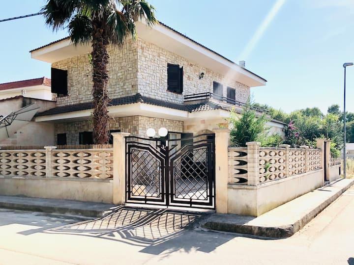 Villa Lidia - Porto Cesareo a 100m dal mare