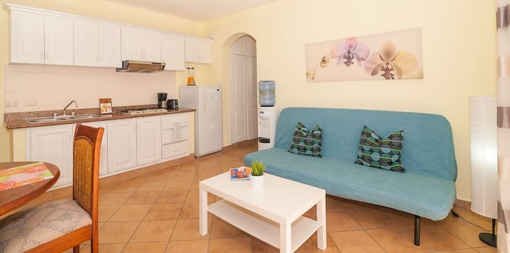 Simple 1BR Sanctuary Steps From Beach