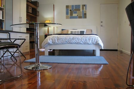 Large and Private Studio - Canberra