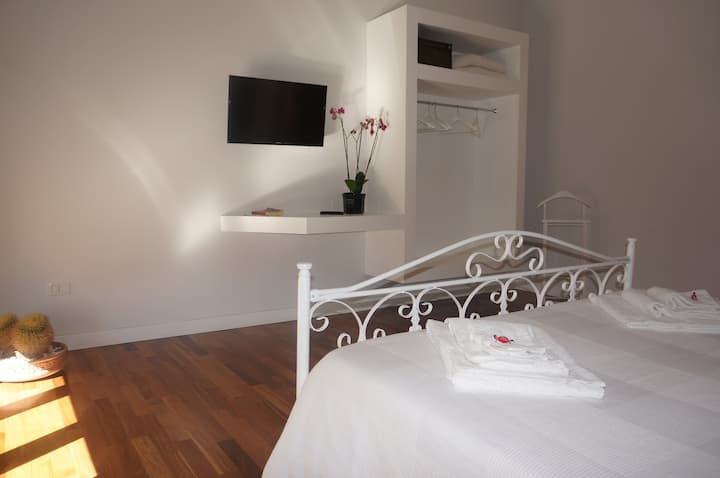 B&B in the city, directly on the