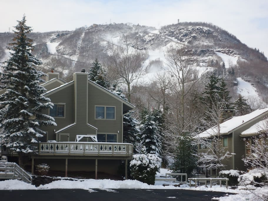 Ski on off 4br hunter mtn condo cabins for rent in for Cabins near hunter mountain