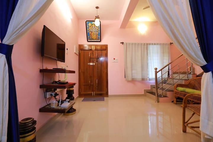 Hall+ Living Area